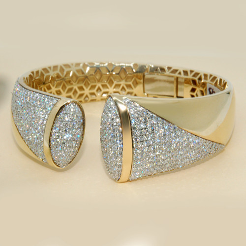 Wide Pave Diamond Bangle in 14KT Yellow Gold 6.00 ctw