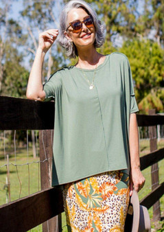 LOU LOU BAMBOO LEAF PRINT SKIRT WITH STELLA SLOUCH TEE IN GREEN