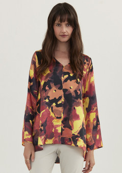 LAYERD SILK CALLIE TOP IN FIRESTONE PRINT