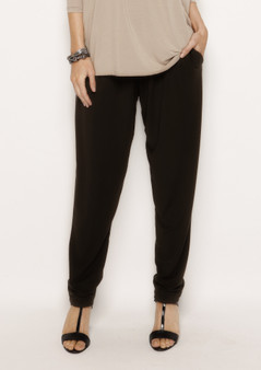 wYse Petra Pleat Pant in Black