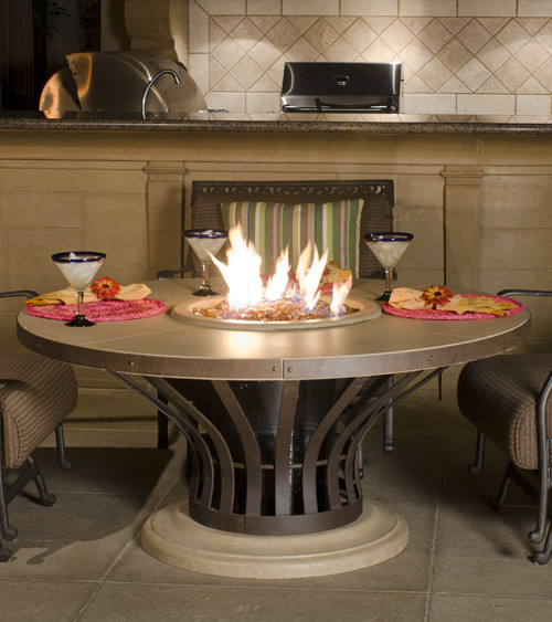 American Fyre Designs - Fiesta Round Firetable - Chat Height