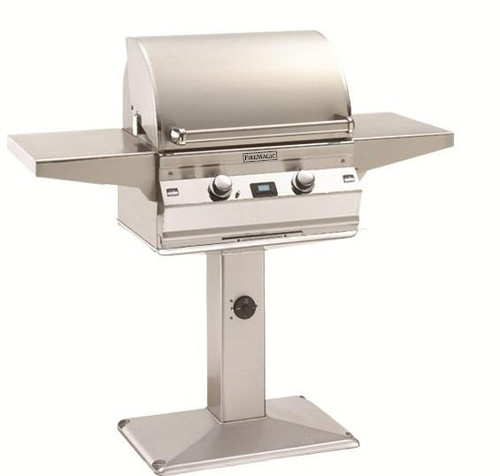 Aurora 430 Pedestal Grill with Patio Post