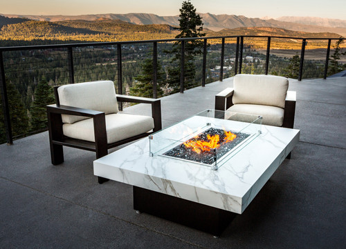Montecito fire pit with Neolith Calacatta top and black base
