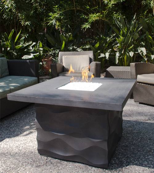 AFD - Voro Square Firetable - Chat Height
