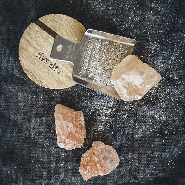 RIVSALT Himalyan Salt Rock and Grater Set