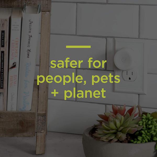 Enviroscent Non-Toxic Plug-in Air Freshener Plug Hub & Scent Pod Kit (Lemon Leaf + Thyme)