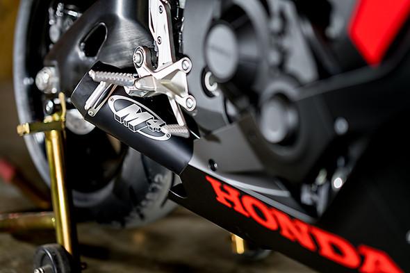 M4 17-19 Honda CBR1000RR GP Slip-On Exhaust - Black Canister