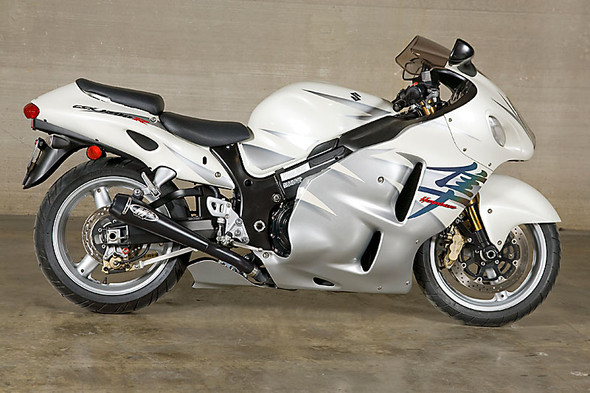 M4 02-07 Suzuki Hayabusa Retro Drag Dual Slip-On Exhaust - Black Canister