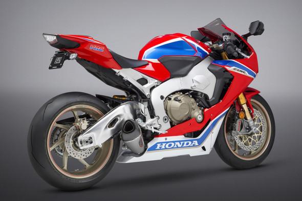 Yoshimura 17-19 Honda CBR 1000RR/SP/SP2 - Alpha T Street Works Slip-On Exhaust - SS/SS/CF