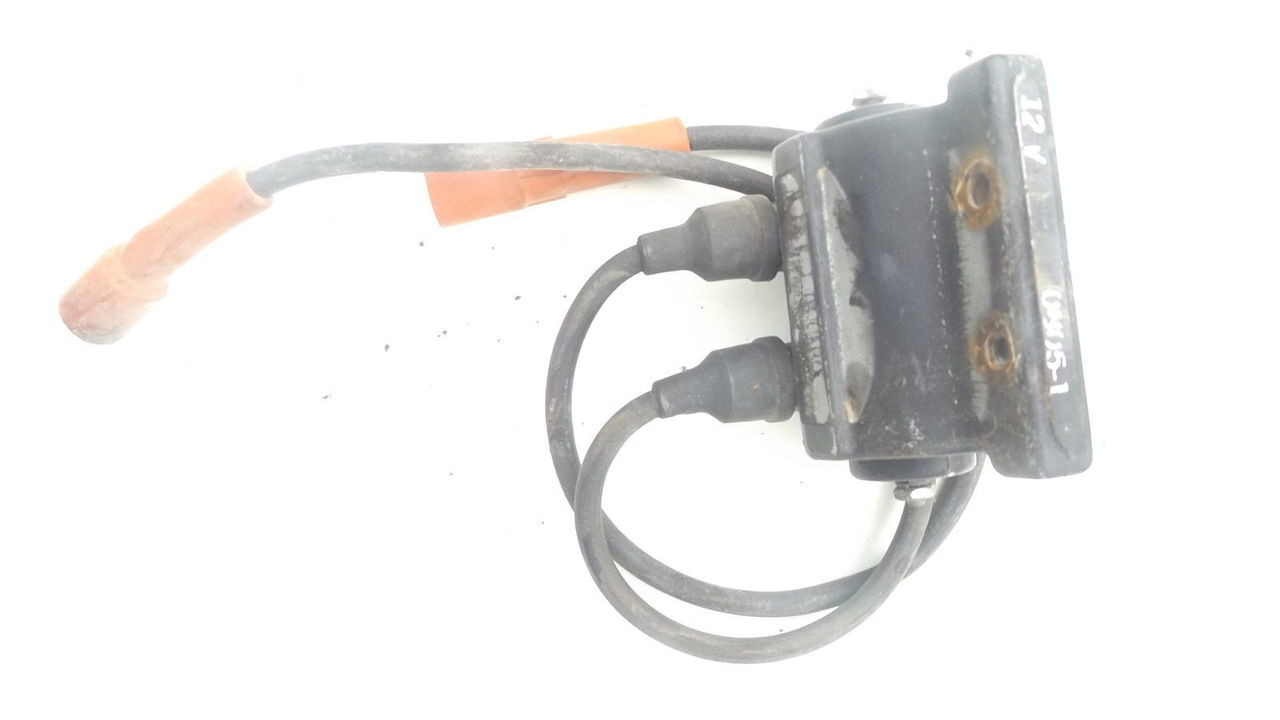 Bolens 1886 HT20 HT23 Kohler K482 Coil and Spark Plug Wires