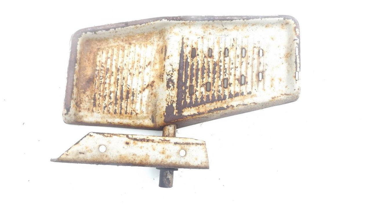 Bolens 1886 HT20 HT23 Right Foot Pedal