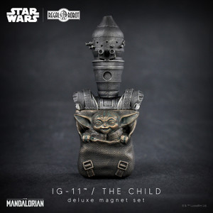 Star Wars IG-11™ & the Child Magnet Set