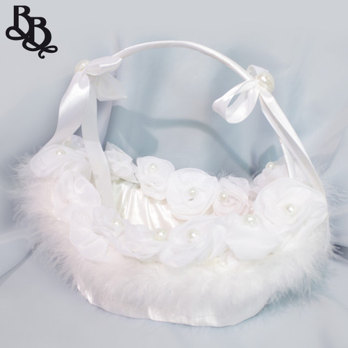 N110 Large Off White Faux Fur Oval Flowergirl Basket