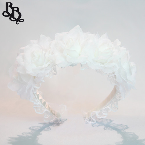 L582 White Floral and Lace Headband