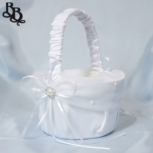 L401 White Flowergirl Basket with Pearl Ribbon