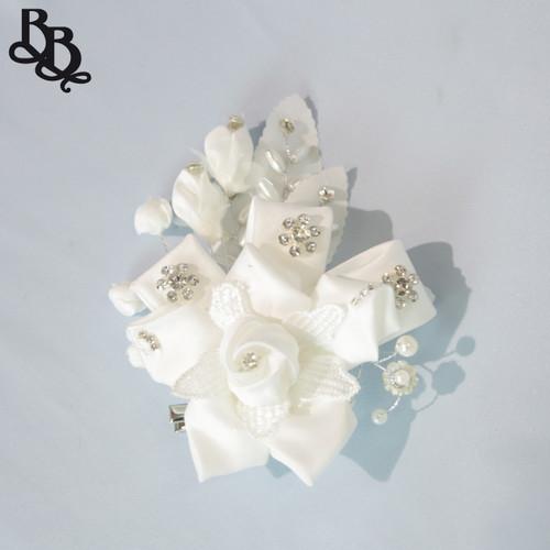 FL11 White Floral Diamante Headpiece