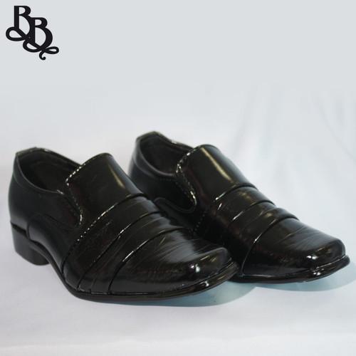 B314 Boys Pattern Faux Leather Formal Shoe