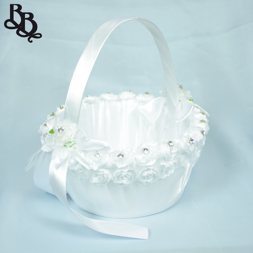 FLKT05 Medium White Flowergirl Basket