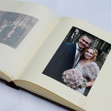Contemporary Ivory Linen Photo Album