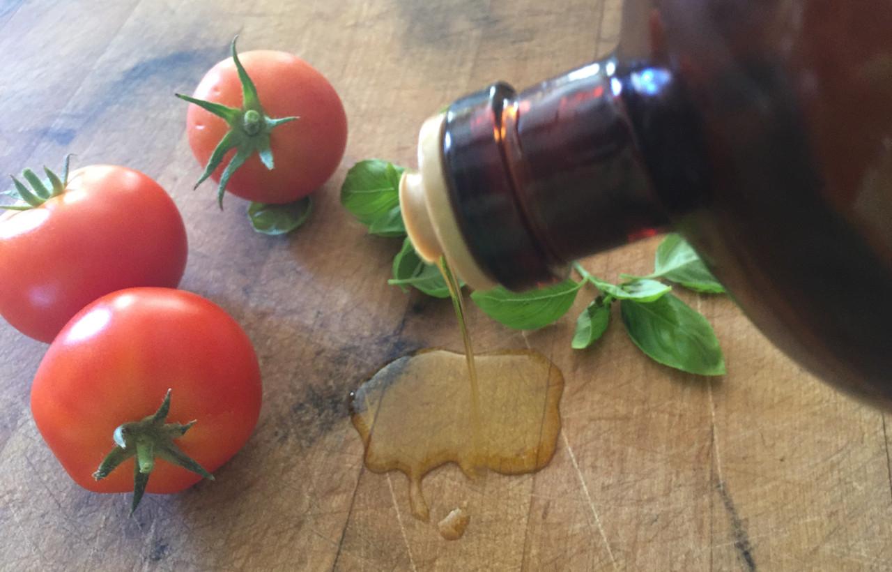 Extra Virgin Olive Oils & Aged Balsamics