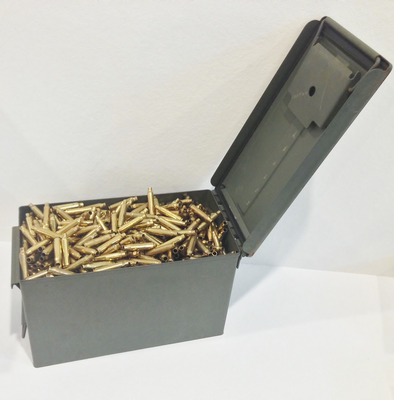 5.56 LC Brass + M2A1 Ammo Can -- Un-Processed (~1250 ct)