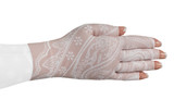 Daisy Fair Glove