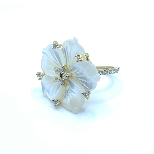 25mm Carved Mother of Pearl Flower Ring