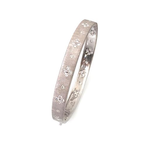 Clover Pattern Skinny Bangle Bracelet
