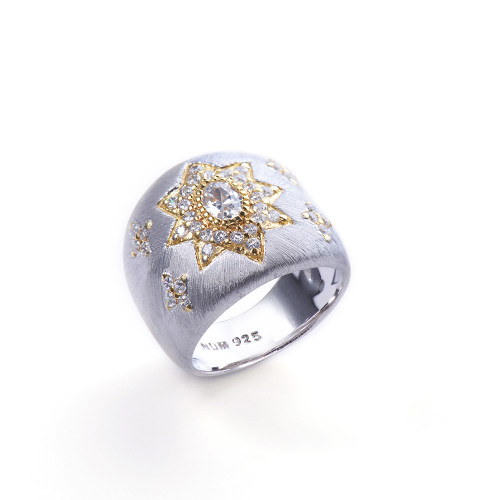 Star Pattern Two Tone Ring