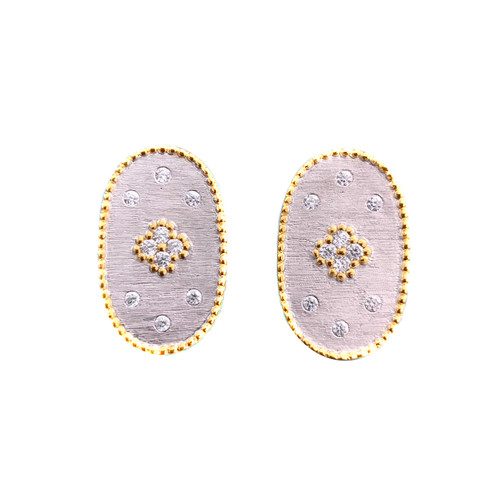 Clover-pattern Oval Button Earrings