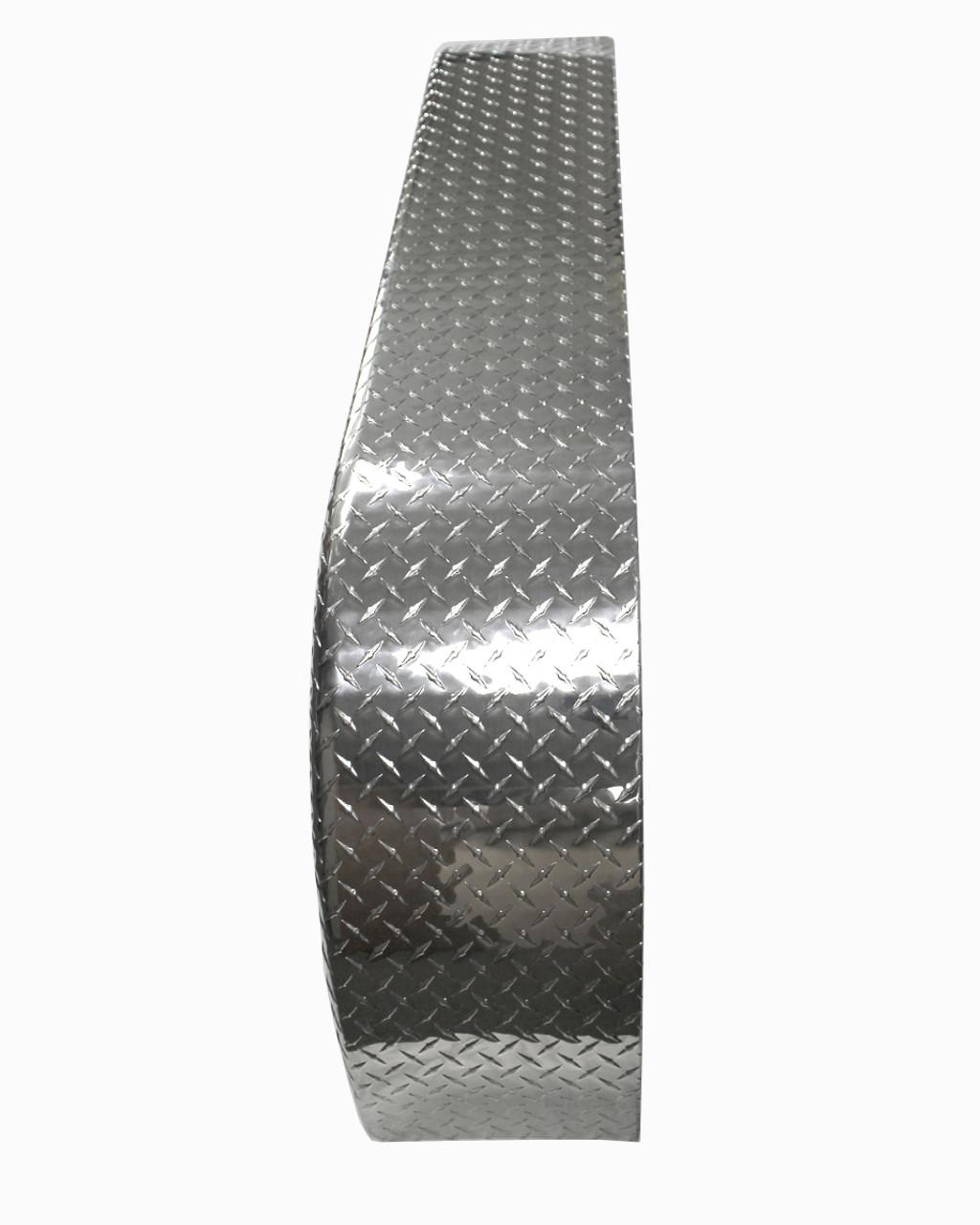 72x10-3/4 Tandem Axle Aluminum Tread Plate Trailer Fender top view