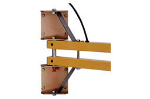 """Heavy Duty Arm Bracket – Optional heavy duty mounting bracket provides additional support when mounting longer (90""""+) arms and when fan units are added."""