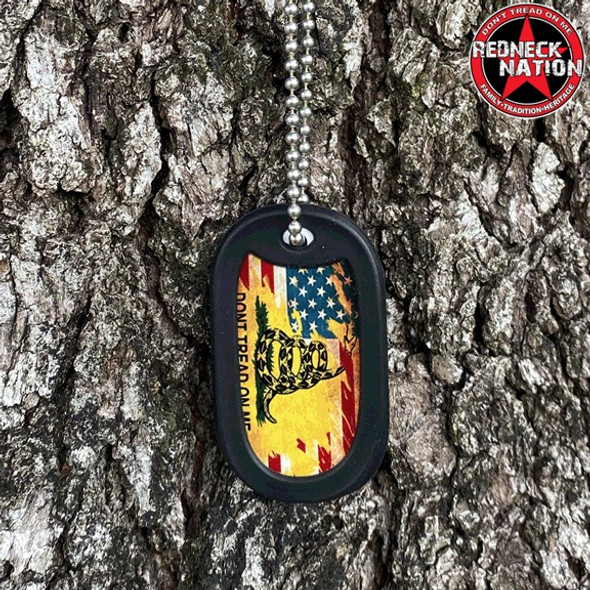Don't tread on me Dog Tag + FREE Chain + Silencer