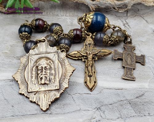 Holy Face of Jesus Sacred Heart Lourdes Jade Garnet Labradorite Bronze Antique Style Chaplet love joy faith loyalty protection