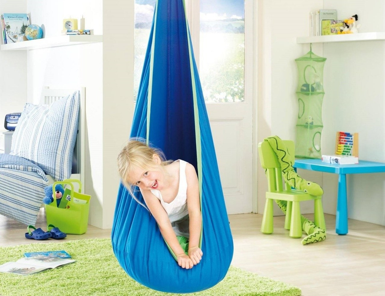 JOKI Dolpfy Hanging Nest Swing
