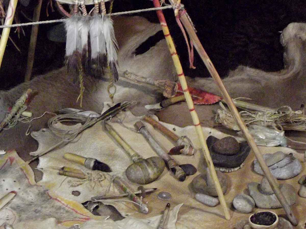 Native American Made: Miniature Hand Made Man's Camp Set - Utensils