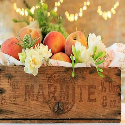 Orchard Nectar Fragrance Oil  A sweet summer ending combination of ripe apples, juicy peaches and hints of lemon and lime. A light floral pinch with a touch of sugar dry to a soothing musky background.