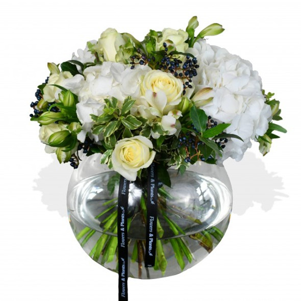 white hydrangea and white roses flower arrangement
