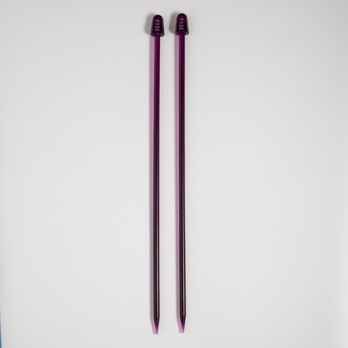 Knitting needles – 6  mm / 10 US