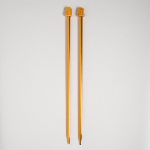 Knitting needles – 7 mm