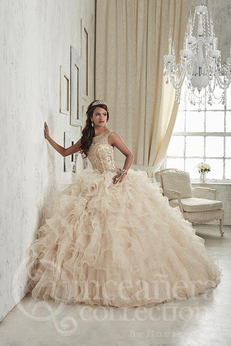 This champagne quince dress is stunning.