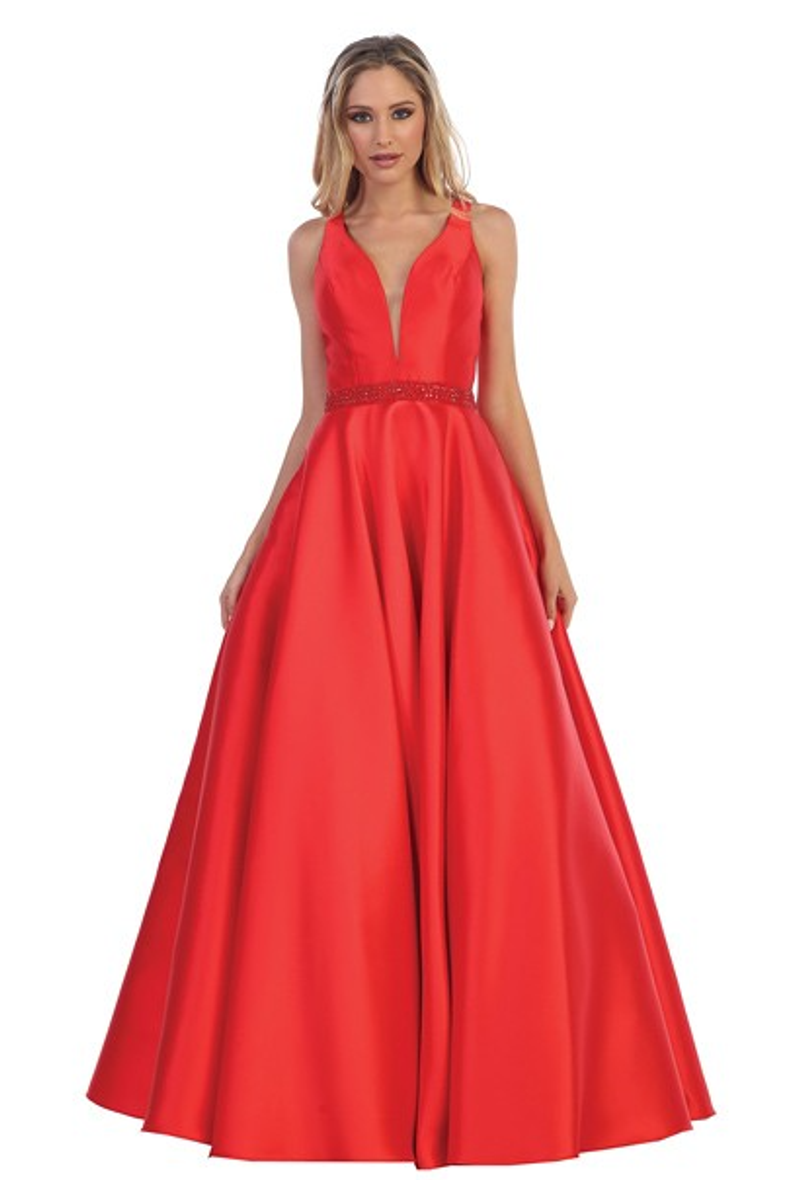 Red, prom dress.