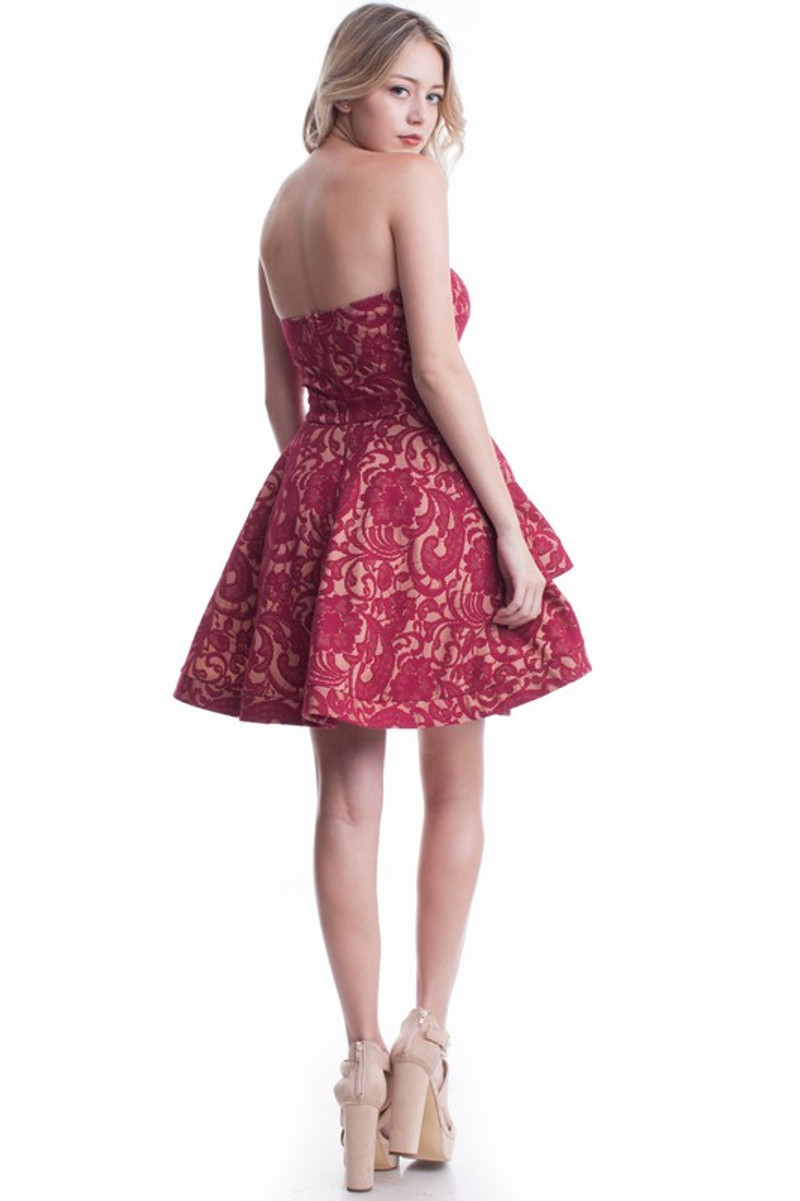 Strapless homecoming dress.