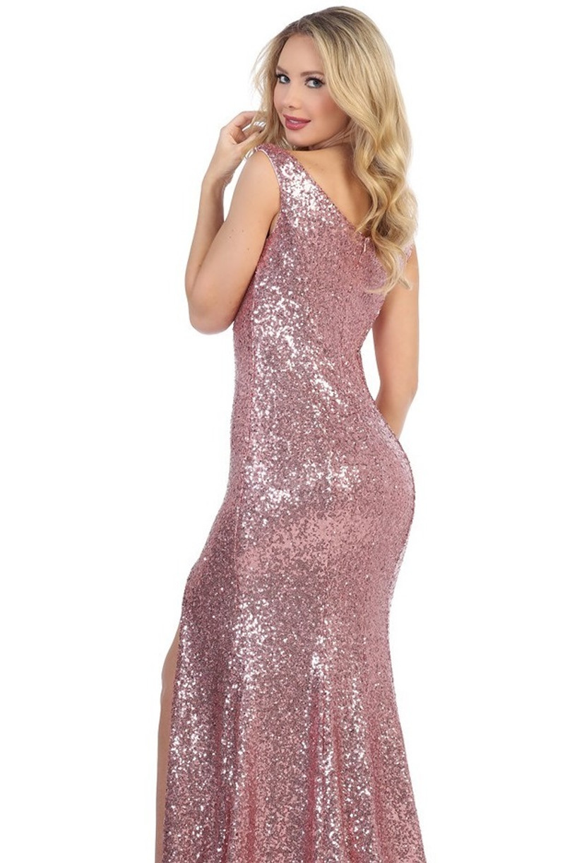 Fitted, sequin, prom dress.