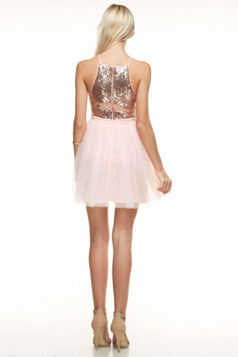 Tulle homecoming dress.