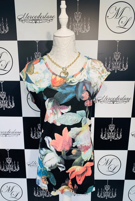 FRONT WITH NECKLACE