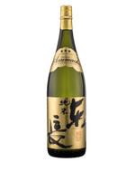 Clear-finish Junmai-Sake that balances a rice flavor and a deep aroma.