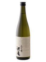 Daiginjo of appealing taste that wears a ornate ginjo incense, spreading the mellow rice flavors like ripe fruit.