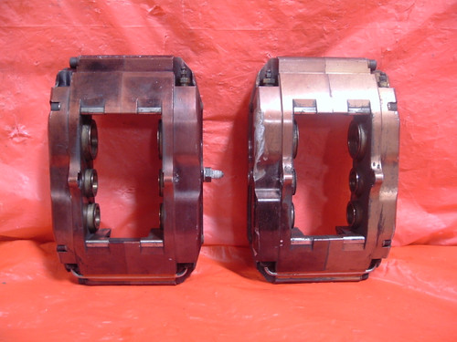 Pair of Wilwood Billet Superlite 6 Piston Calipers with Thermlock Pistons