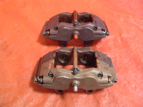 Pair of Wilwood Forged Superlite calipers with Thermlock Pistons